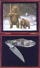 Bear Knife Collector Set in Wood Box